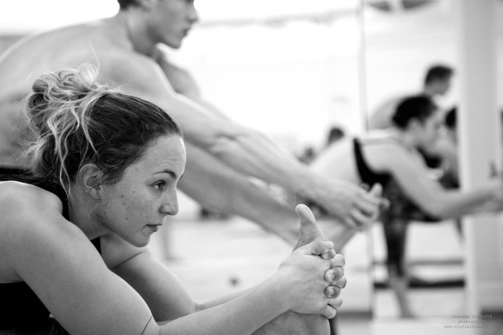 hot yoga 2074